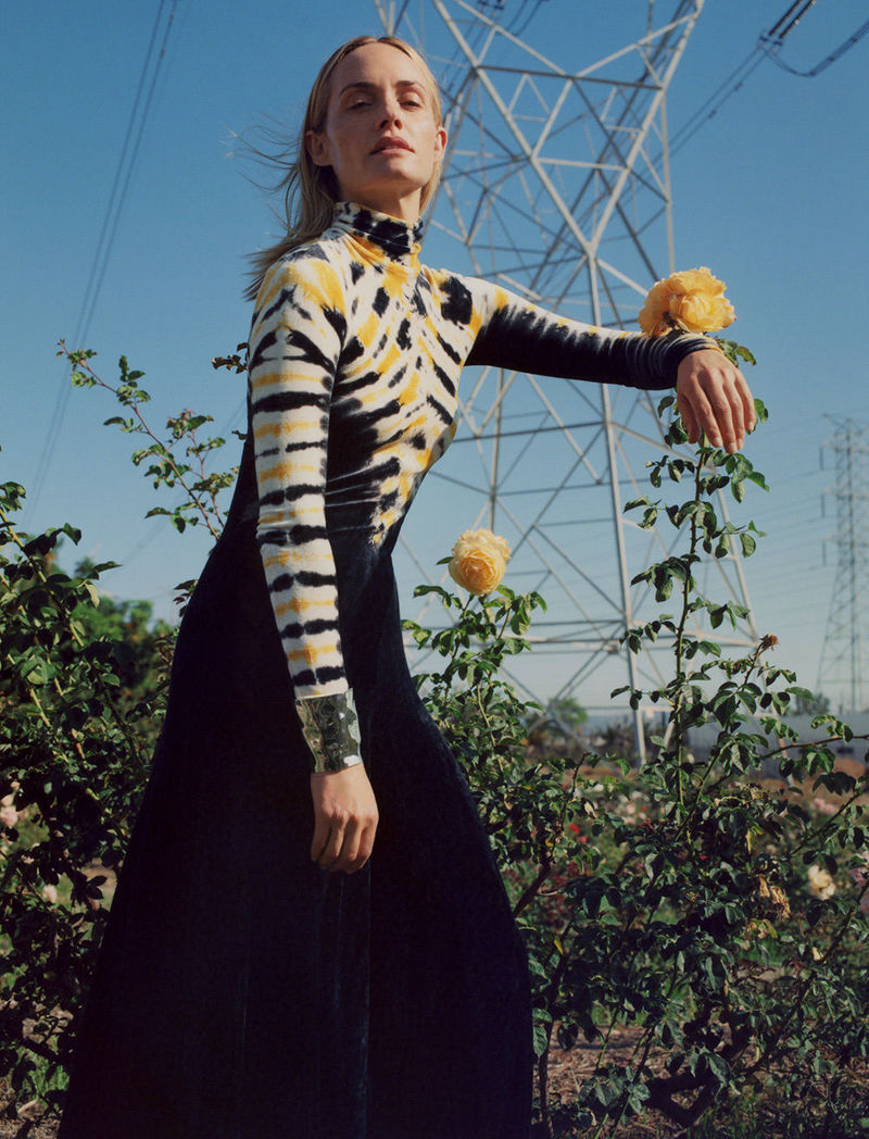 fall 2018 featuring amber valletta in tie dye turtleneck dress in fields