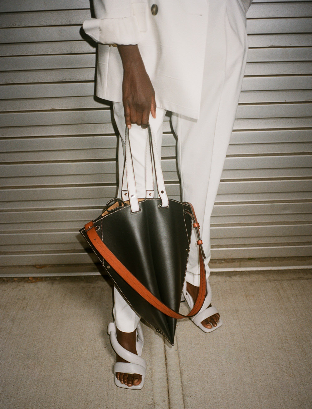 campaign image of the bellows bag