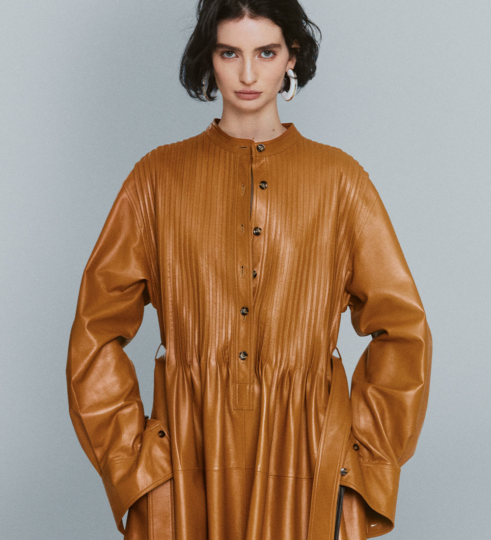 Pre-Fall 2021 Collection brown leather top